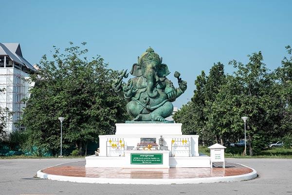 พระพิฆเนศ มหาวิทยาลัยศิลปากร วิทยาเขตเพชรบุรี