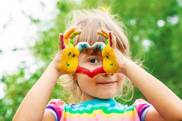 Children Hands Colors Summer Photo Selective Focus 73944 499