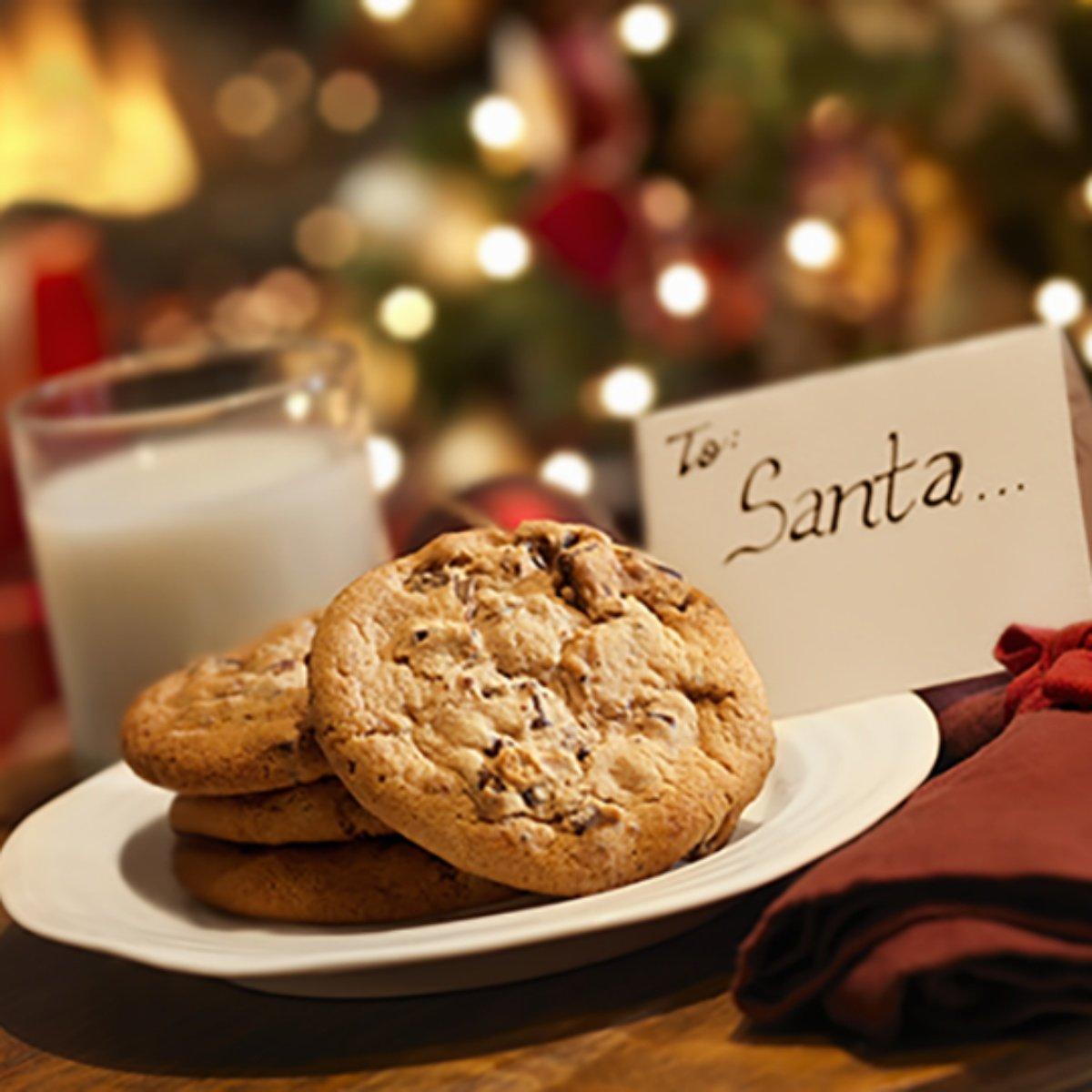 เตรียมขนมและนมให้กับซานต้า