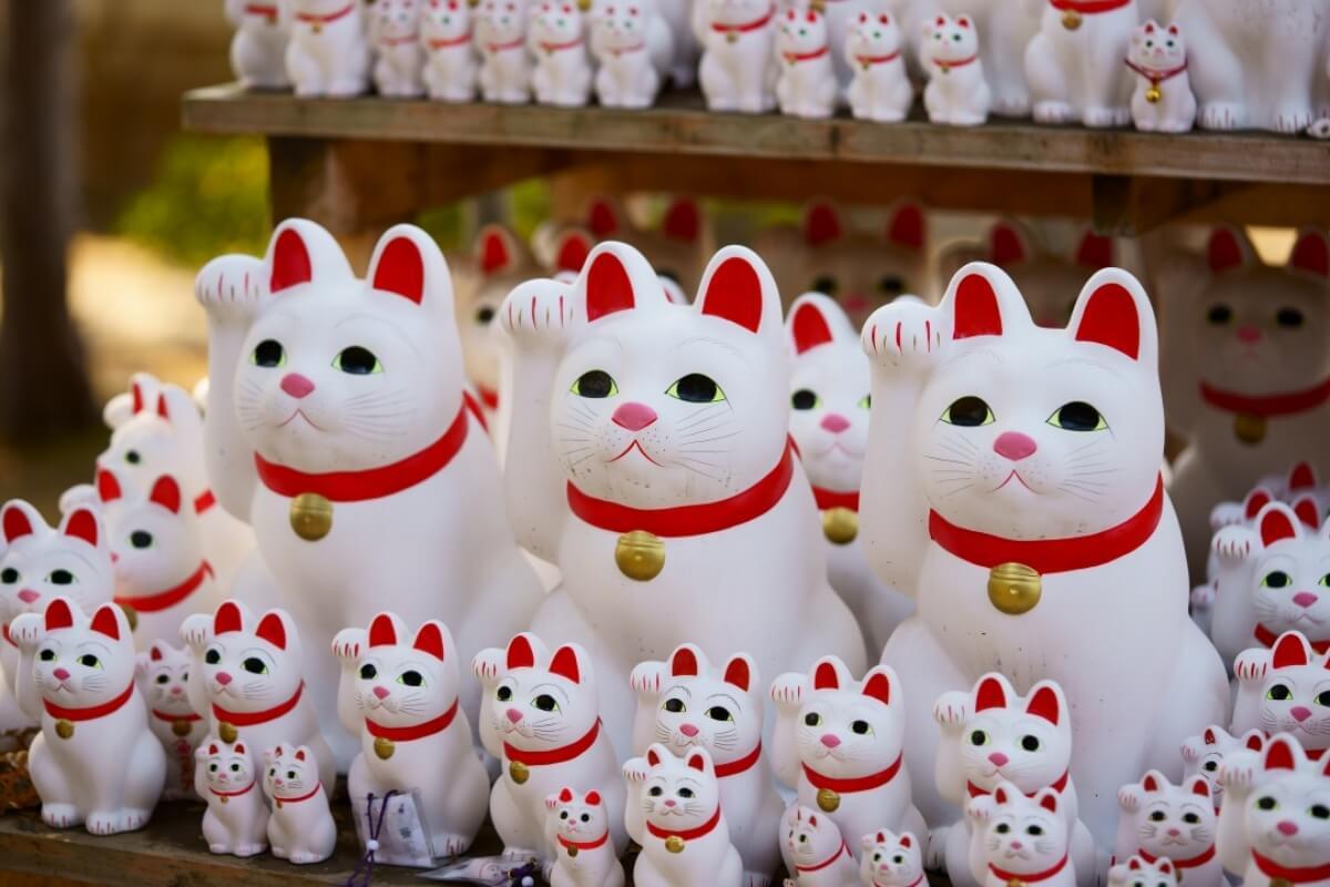 ตุ๊กตาแมวกวัก มาเนกิ เนโกะ