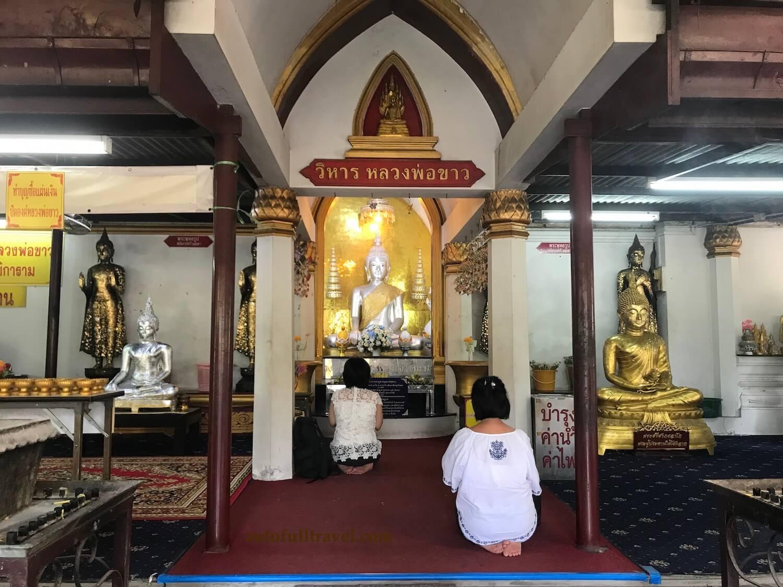 พระวิหารขาว ปางมารวิชัย พระพุทธรูปศักดิ์สิทธิ์สมัยอยุธยา