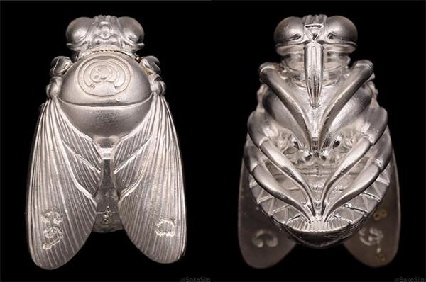 แมลงภู่คำหลวง
