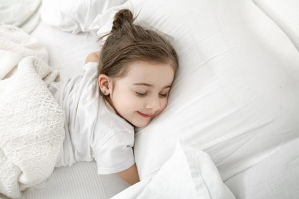 เวลานอนที่เหมาะสมของเด็ก