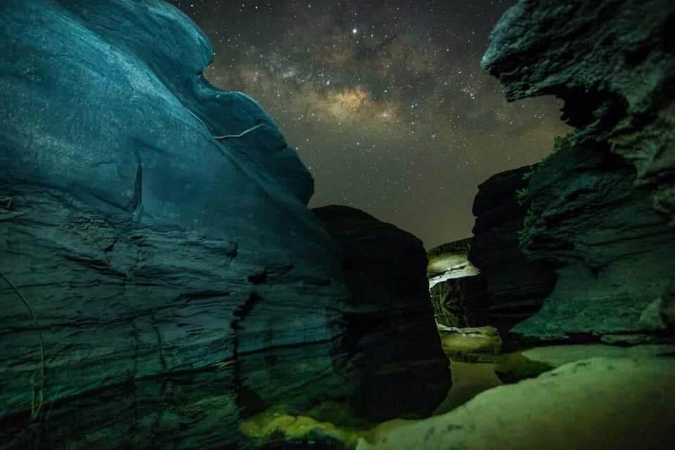 หินชมนภา หาดชมดาว