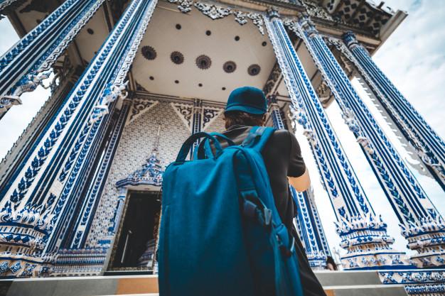 Travel man at pak nam khaem nu temple
