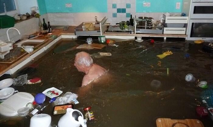 น้ำท่วมห้องครัว
